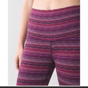 Lululemon winder under crop space dye twist